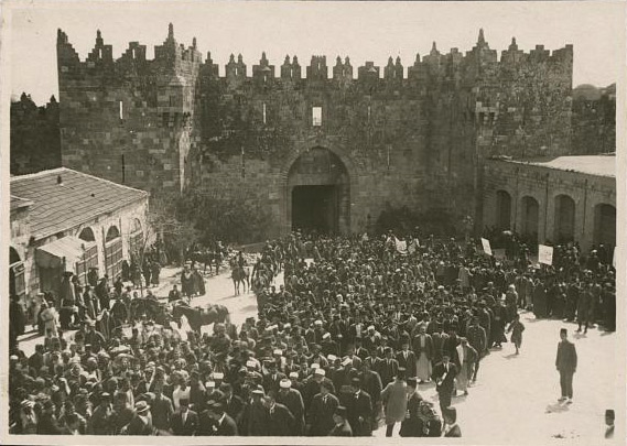 nebi-musa-procession